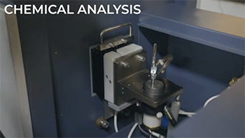 化学成分分析の様子